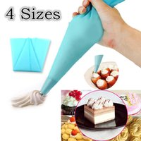 Wholesale Fashion Cake Decorating Tool DIY Silicone Reusable Icing Piping Cream Pastry Bag Sizes For Choosing