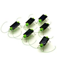 Wholesale Solar Powered Crickets - Wholesale-Green Brinquedo Solar Toy Solar Powered Toy Crazy Grasshopper Insect Cricket Bug Gadgets For Kids Children Juguetes Solares