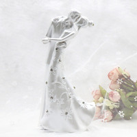 Wholesale Casamento Rustic Kiss Love Couple Wedding Cake Topper Bride And Groom Cake Stand Wedding Cake Accessories Wedding Decoration
