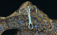 Wholesale 1 Treble Fishing Hook White Nickel Sharp Hooks High Carbon Steel Barbed Fishhook