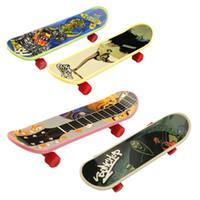 Wholesale Hot High quality creative novelty cute mini children s toys skateboard athletic finger skateboard gifts for the children