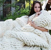 Wholesale Hand Chunky Knitted Blanket Thick Yarn Merino Wool Bulky Knitting Throw