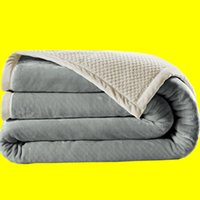 Wholesale New Flannel Blanket YJY Hot Sale Casual Siesta Blanket Keep Body Warm Living Room Bed Throw Blanket Sofa Blanket Air condition Blanket