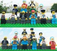 480Pcs / lot Minifigures 12 profesión diferente de la historieta cosmonautMen los modelos de la gente modelan bloques huecos educativos Juguetes de los ladrillos del juguete DIY