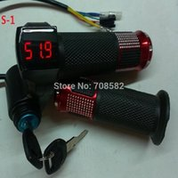 Wholesale handlebar with lock with battery voltage digital display V36V48V72V e bicycle and scooters motorcycle handle pair