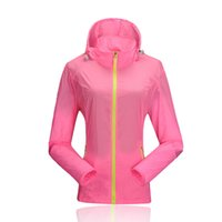 Wholesale Spring Outdoor Women Rose Red Waterproof Windproof Breathable Skin Jacket Quick Dry Wind Coat UV Protection Running Jacket
