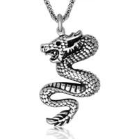 Los hombres baratos únicos de la fábrica de la vendimia de los collares de la declaración del acero inoxidable del dragón de China de la MANERA, joyería de s para el envío libre