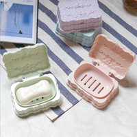 Wholesale hotsale bathroom accessories multifunctional drain plastic soap dish box tray with cover storage holder