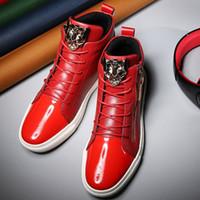 achat en gros de léopard zipper-Hommes Style Européen Hommes Chaussures Hommes Leopard Tête Hauteur Respirant Top Flats Mode De Coiffure Chaussures Rouge Avec Zipper
