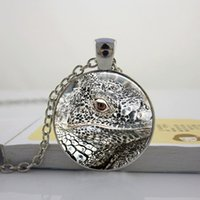 bearded dragon necklace - 2016 White Bearded Dragon Lizard Photography Round Pendant Necklace with Silver Ball or Snake Chain Necklace or Key Ring