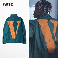 air force windbreaker - 2016 Fashion Vlone Bomber Jacket Men Thin Windbreaker Green Jackets V Print Fashion Jacket Off White Jeans Air Force One