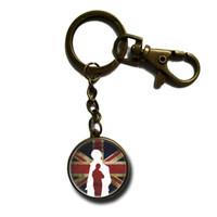 Wholesale New Keychain Detective Sherlock Holmes Glass Pendants Key Ring High Quality Christmas Jewelry Best Xmas Gift NS31