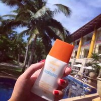 Wholesale sun block care confront UVB Prevent dark Sunscreen times Not oily thirty times To improve color of skin