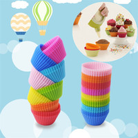 Wholesale Colorful Muffin Cups Camouflage Silicone Cupcake Liners Round Shaped Cake Baking Molds Jelly Mold IB200