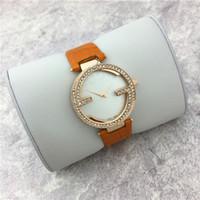 Compra Relojes de naranja-Reloj de cuero rojo anaranjado de la señora del reloj del vestido de la pulsera del reloj de las mujeres calientes de la venta de la marca de fábrica de lujo libera el envío