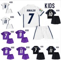 Boys beige uniform - 2017 Real Madrid RONALDO kids soccer jerseys Uniforms sets youth boys child kits Home White Purple JAMES BALE ISCO football shirts