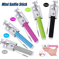 Wholesale High Quality Wired Selfie Stick Handheld mini Monopod Built in Shutter Extendable with Fold Holder For iPhone Smartphone Any Phones