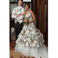 accent siding - 2016 Modest Wedding Dresses Camo Halter Pick up Skirt Bridal dress Ball Gown Wedding Gown with Camo Accented Court Train Custom