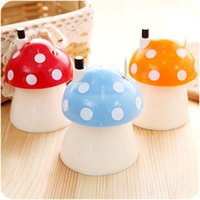 Wholesale New Novelty Pocket Plastic Mushroom Design Automatic Toothpick Holder dispenser Box Home Decor Fashion