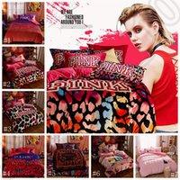 Wholesale Pink Bedding Set VS Duvet Covers Pink Letter Bed Sheet Flannel Bed Set Leopard Flower Pillowcases Fashion Bedding Home Textile OOA1103