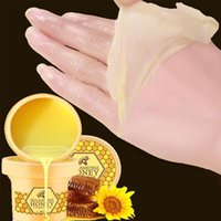 Wholesale g Hand Wax Exfoliate Hydrating Exfoliating Nourish Whitening Hand Mask Skin Care HA0135