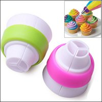 Wholesale Novelty Double Color Cake Dessert Decorators Icing piping Bag Cream Pastry Bags with Nozzles Pastry Converter Bakeware