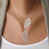 al por mayor collar de la hoja de metal de oro-Collar de hoja doble grande dos hojas de metal colgante de plata y joyas plateadas oro para la venta al por mayor caliente de la venta de la nueva manera de las mujeres