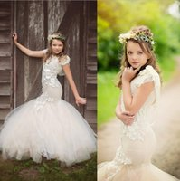Girl Applique Tulle 2016 Chic Champagne Color Princess Flower Girls' Dresses Mermaid Lace Illusion Sleevs Jewel 2016 Lace Flowers Girls Christmas Festivals Gift