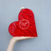 Wholesale Pearl fashion acrylic red hearts box package evening party handbag for plus