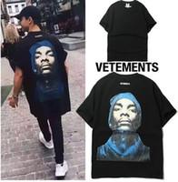Wholesale vetements t shirt men tee shirt homme short sleeve tshirt hip hop bts kanye west t shirt trasher Black Snoop Dogg