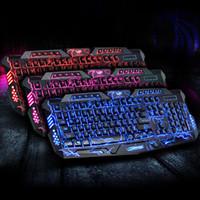 al por mayor teclado para juegos de luz de fondo azul-Versión rusa Rojo / Púrpura / Azul Retroiluminación LED Pro Gaming Teclado M200 USB con conexión por cable Powered N-Llave completa para LOL Ordenador Periféricos M01