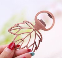 Wholesale 100pcs marriage golden Maple Leaf Pocket Beer Bottle Opener wedding day decorantion Birthday guests gifts favors
