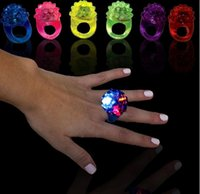 Wholesale LED Silicone Ring Light Ring Flash Light LED Mitts Cool Led Light Up Flashing Bubble Ring Rave Party Blinking Soft Jelly Glow Party Favo