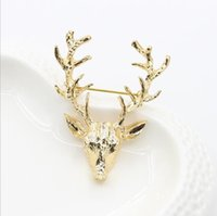 Wholesale 2016 new style Elk brooch golden antlers Christmas gift accessories deer pin Europe and the United States style