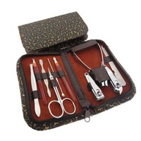 Wholesale Hot Nail Clipper Kit Nail Tools Manicure Sets High Quality Scissors Tweezer Grooming Set Nail Art Kits Gifts