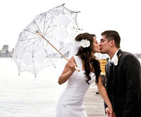 Wholesale 2017 White Wedding Parasols Handmade Umbrellas Lace Artifull Garden bridal Parasols For Bridal Bridesmaid Wedding Umbrellas