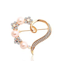 Wholesale The new han edition sold high grade pin Elegant diamond brooches clothing Women love pearl decorate