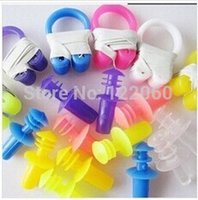 Wholesale Factory Outlet Waterproof soft silicone swimming earplugs X nose clip and earplugs prevent water protection fast delivery
