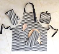 Wholesale PACK4 white black cotton print simplicity kitchen textile set apron oven mit pot holder kitchen towel sets