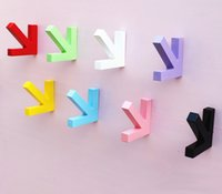 Wholesale 3D Clothing store hanging hooks wooden arrows for child room living room bed room decoration factory wholsales price