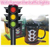 Wholesale Can change the color according to the temperature of the water Creative color changing cup traffic light pattern ceramic mug glass