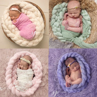 Wholesale 2016 New design popular photography props for infants very soft hand knitting twist braid blanket with Iceland yarn