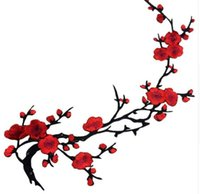 Wholesale New Plum Blossom Flower Applique Clothing Embroidery Patch Fabric Sticker Iron On Sew On Patch Craft Sewing Repair Embroidered