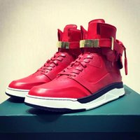 Men basketball locks - 3 Colors Men s MM Engraving Lock Shoes Fashion Designer Men Basketball Sneaker Boys Genuine Leather Hip Hop Shoes Size A024