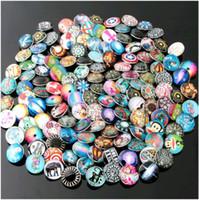 Precio de Broches para los encantos-Muchos diseños mezclan los botones rápidos de 18m m El cristal caliente de cristal de la venta del jengibre del metal abrocha los pedazos de los accesorios de la joyería de los pedazos de DIY Noosa