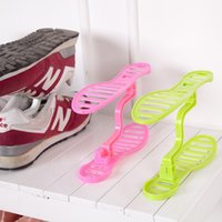 Wholesale New Pair Creative Design Thick Shoes Hanger High Quality Household Simple Plastic Shoe Shelf Space Save Shoe Rack
