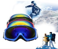 Wholesale 2017 New Skiing Glasses Double Layer Professional Ultraviolet proof Windproof Comfortable for Men and Women