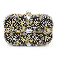 Wholesale 2016 Foreign Europe and the United States hot sale new fashion design handwork bead diamond banquet clutch for woman