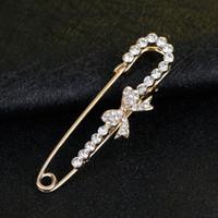 Venta al por mayor- hijabs de bufanda musulmana de arco de cristal blanco clásico pernos broche de oro de la joyería de moda para los mejores regalos de las mujeres
