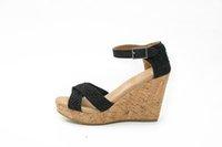 Nuevas mujeres hebilla dulce abierto dedo del pie cuñas sandalias de la mujer plataforma de sandalias de moda de verano zapatos de las mujeres zapatos casuales de tacón alto